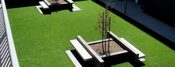 artificial-turf-commercial-installation